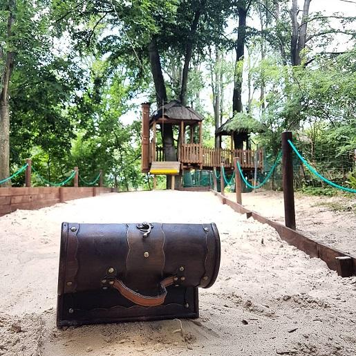 plac zabaw dla dzieci hotel Bory Tucholskie z atrakcjami