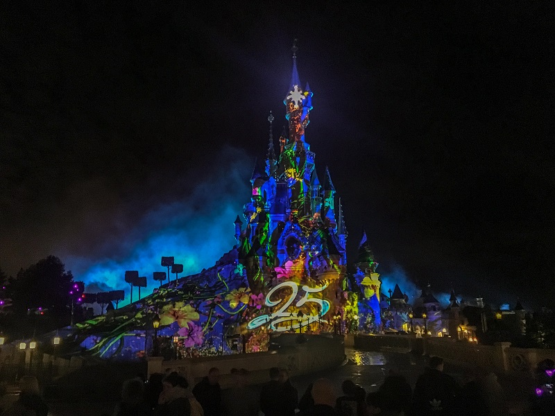 pokazy 25 lat parku Disneyland Paryż