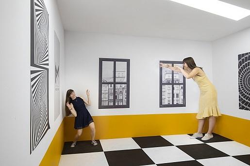 pokoj iluzja swiat iluzji warszawa rodzinne atrakcje dla dzieci opinie cennik