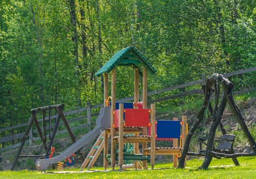 rodzinne noclegi na Mazurach camping z dzieckiem atrakcje opinie