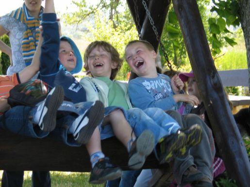 atrakcje dla dzieci Kniewo Farma Strusi