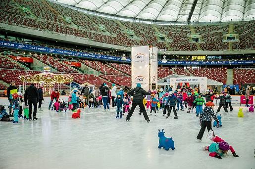 stadion narodowy zimowy lodowisko atrakcje 2019 otwarcie ceny