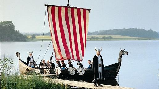 Zwiedzanie okolice Legolandu- JELS statek vikingów