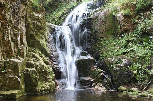 szklarska poręba atrakcje dla dzieci szlaki góry wodospady wodospad kamieńczyka