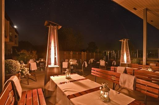 taras stoły Hotel Astor Jastrzębia Góra