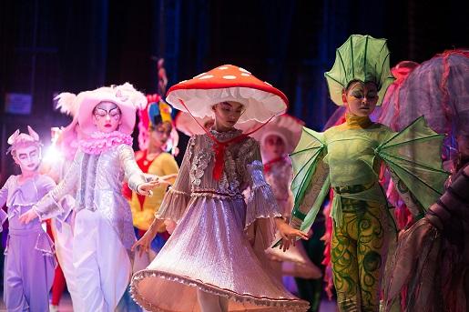 teatr dla dzieci Poznań -baletowe spektakle kostiumowe