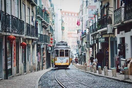temperatura zima styczen luty opinie portugalia lizbona
