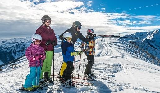Tyrol sanki narty z dziećmi