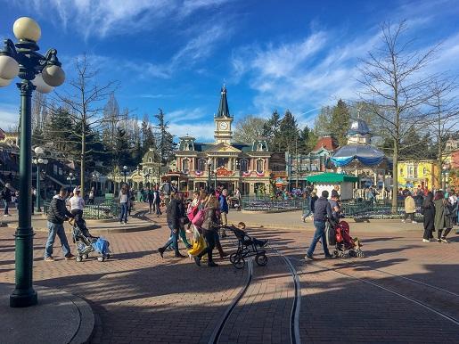 z małym dzieckiem do Disneyland Paryż opinie