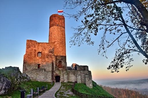 Zamek Królewski w Chęcinach atrakcje Zamek Chęciny zwiedzanie opinie