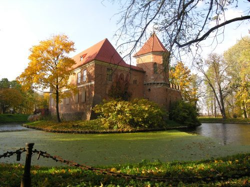 atrakcje dla dzieci zamek w Oporowie