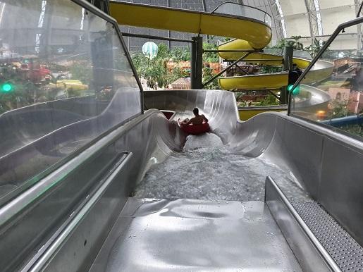 zjeżdżalnie atrakcje Tropikalna Wyspa Berlin opinie z dzieckiem czy warto ceny